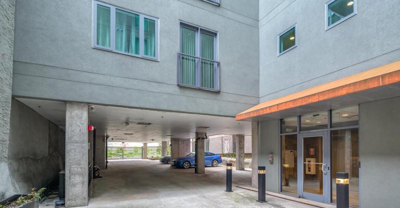 Cu257 Condominium