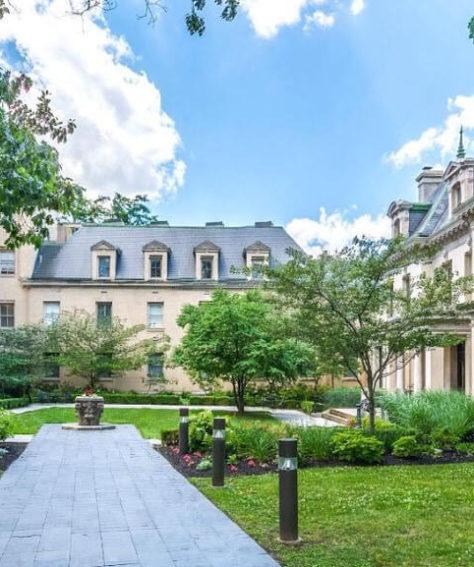 4200 Pine Condominium
